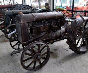 Посета Музеју старих машина у Новом Милошеву.